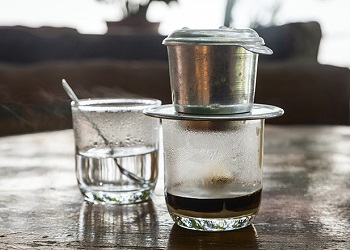 Kopi di Vietnam.(coffeeoriginstravel)