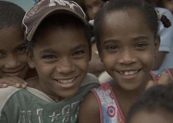 Anak-anak Desa Salinas.(Telegraph)