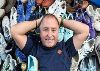 Jason Oxlee & koleksi sepatunya.(bbs)