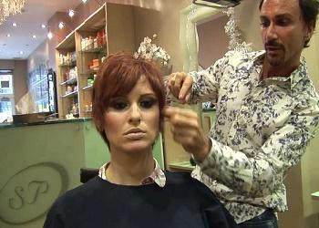 Stuart Phillips Hair Salon.(bbs)