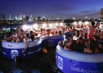 Hot Tub Cinema.(segiempat/bbs)