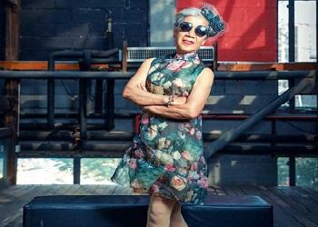 Nenek yang jadi duta fashion.(bbs)