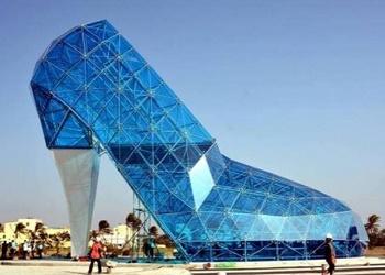 Gereja berbentuk sepatu kaca di Taiwan.(bbs)