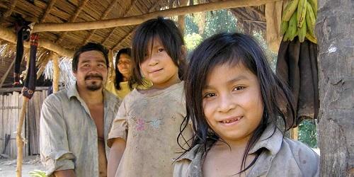Keluarga suku Tsimane.(pulseheadlines.com)