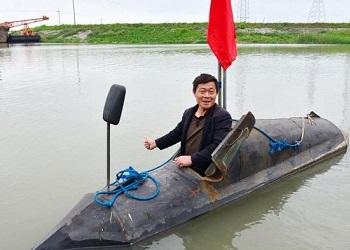 Zhang Shendu dalam kapal selam.(bbs)