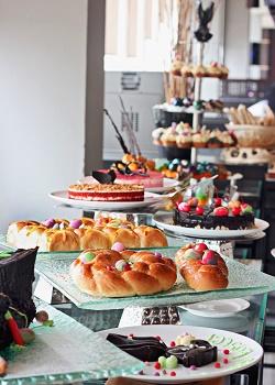 Hidangan Paskah Atria Hotel & Residences Gading Serpong.(asri)