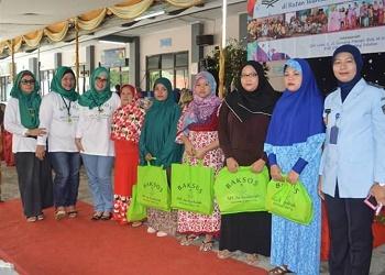 Pengurus MT Asy Syukuriah & penghuni Lapas Pondok Bambu.(asri)