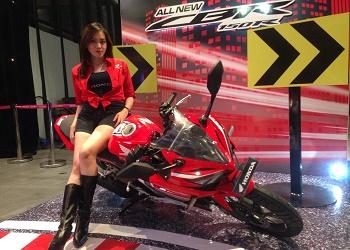 Display All New Honda CBR150R.(asri)