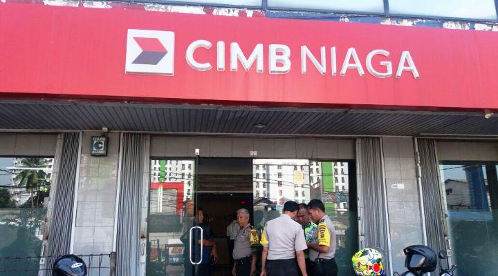 Security Cimb Niaga Ciputat Tewas Di Belakang Mesin Atm Kabar6 Com